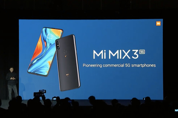 Xiaomi Mi MIX 3 5G zaručí bleskový přenos dat, peněženku vám ale nevysaje