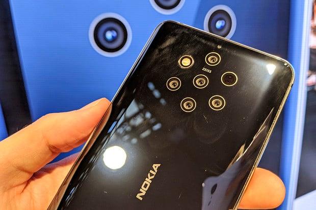 Žádné dlouhé čekání. Nokia 9 PureView dorazí na český trh již za pár týdnů
