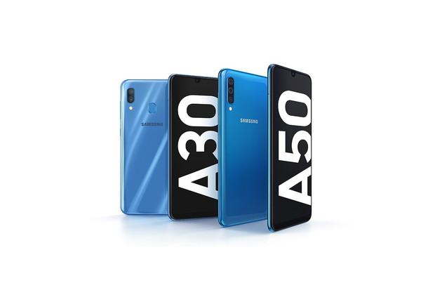 Samsungy Galaxy A30 a A50 představeny. Vyšší model má dokonce čtečku v displeji