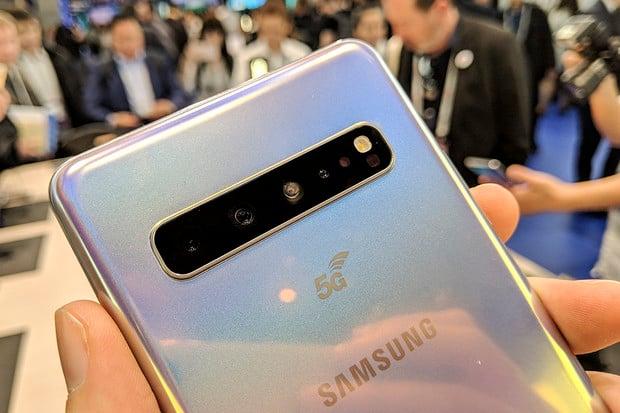 Najděte 5 rozdílů: porovnali jsme Galaxy S10 5G a S10+