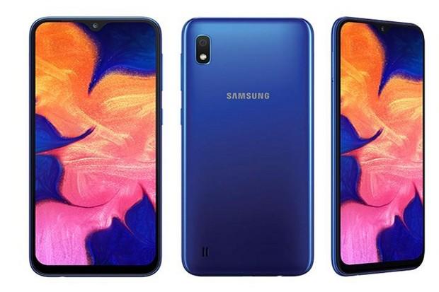 Nakonec i pro nás. Na českém trhu se objevil levný Samsung Galaxy A10