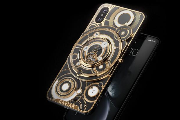 Nejdražší iPhony jsou z Ruska a ukrývají v sobě hodinářský skvost z 19. století