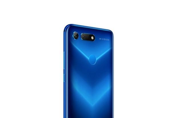 Honor View20 přichází v novém barevném provedení Phantom Blue
