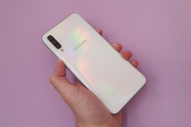 Co vás zajímá? V redakci testujeme zbrusu nový Samsung Galaxy A50