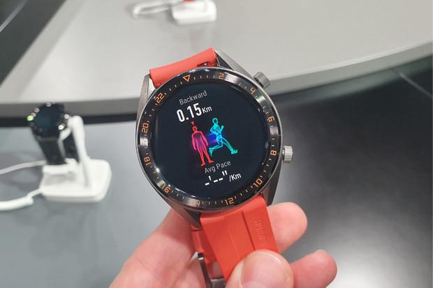 Paříž odhalila nejen sérii P30, ale i sluchátka FreeLace či staronové Watch GT