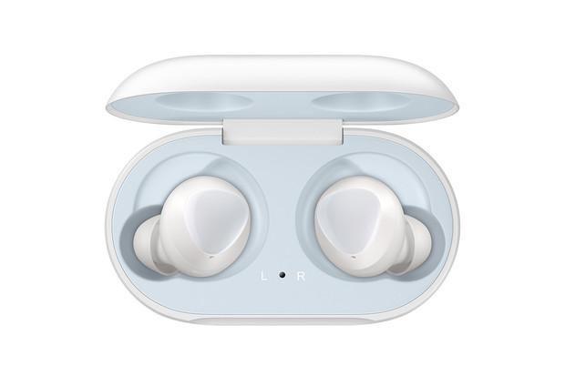 Sluchátka Galaxy Buds nebudete chtít vyjmout z uší