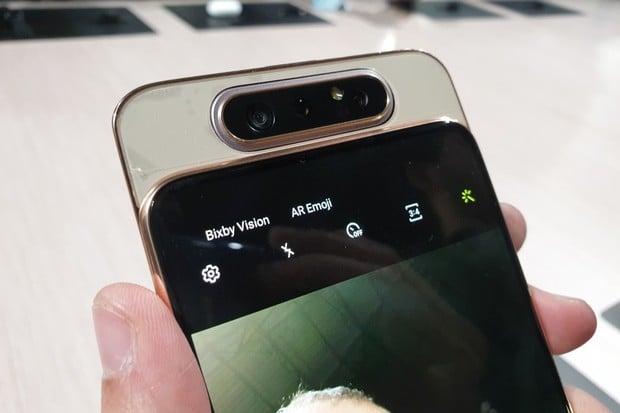 Podívejte se, jak funguje mechanismus fotoaparátu Samsungu Galaxy A80