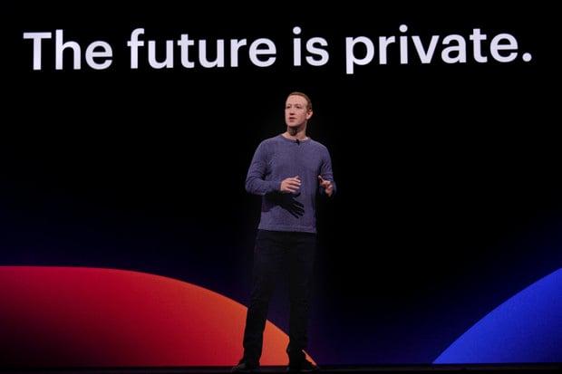 Facebook si hraje s ohněm. Přepisoval hlasové zprávy svých uživatelů