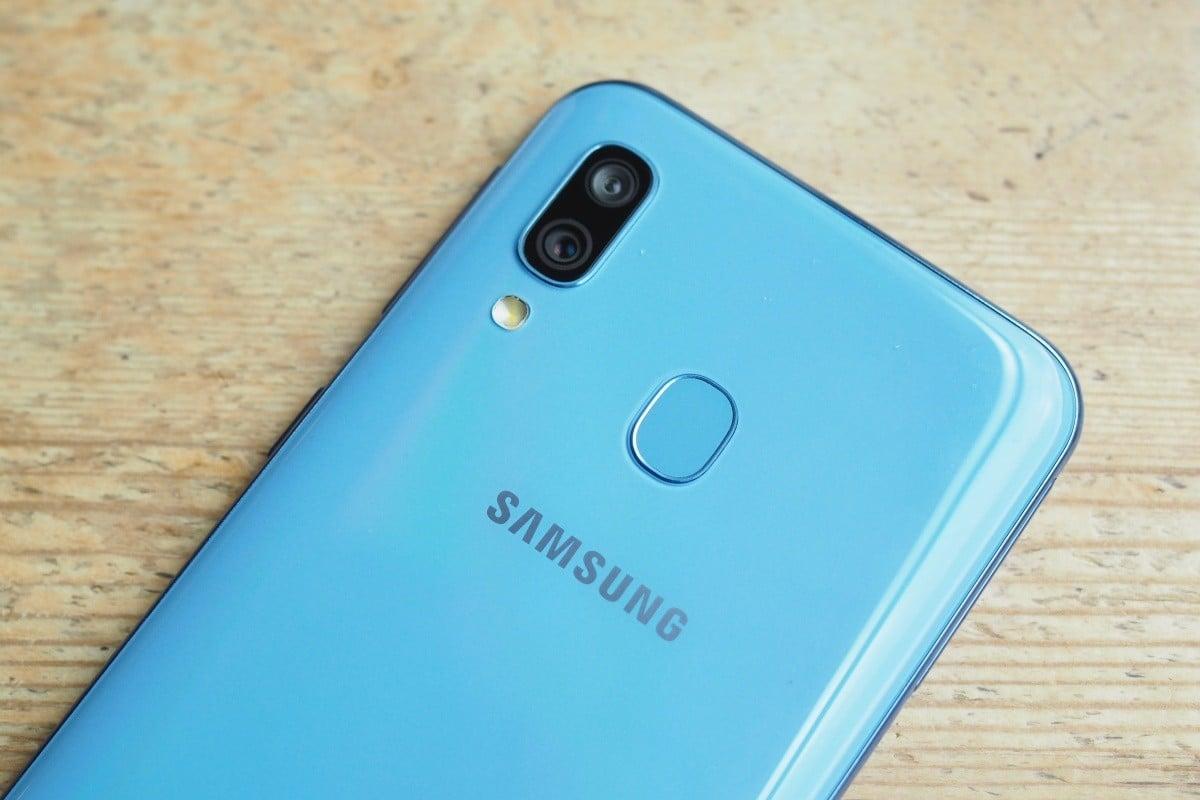 Recenze Samsung Galaxy A40 – Kompaktní sympaťák