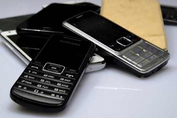 O2 podporuje recyklaci. Za každý odevzdaný mobil věnuje 25 Kč Lince bezpečí