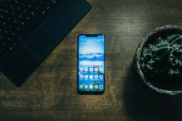 Huawei v roce 2019 vyexpedoval rekordních 240 milionů smartphonů