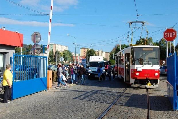 Na tramvajové lince mezi Mostem a Litvínovem lze využívat Wi-Fi od T-Mobile