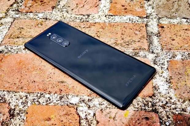 Sony Xperia 1 se špičkovou světelností f/1.6 pořizuje nadprůměrné noční snímky