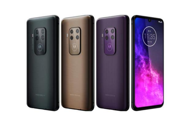 "Motorola One Zoom s 3× teleobjektivem obdrží 6,4"" Super AMOLED displej"