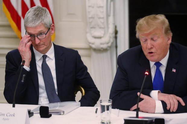 Americko-čínská obchodní válka zuří. Čeká nás 30% zdražení Apple produktů?