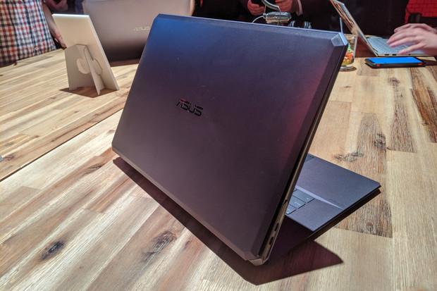 ASUS StudioBook One je v současnosti graficky nejvýkonnější notebook světa