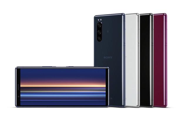 Sony Xperia 5 je tu. Kompaktnější tělo doplní funkce z fotoaparátů Alpha