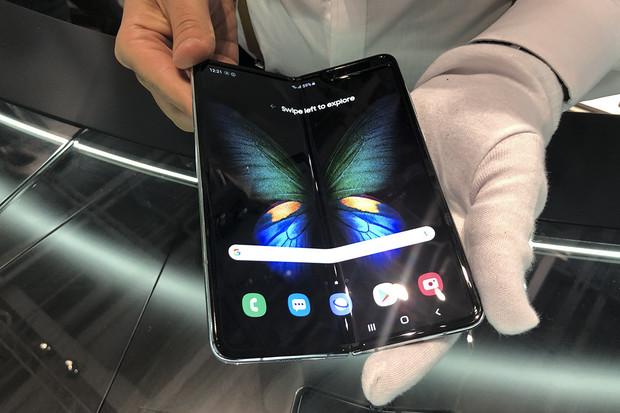 Jak se Samsung snaží vyhnout skládacímu debaklu? Nabízí zlevněnou výměnu displeje