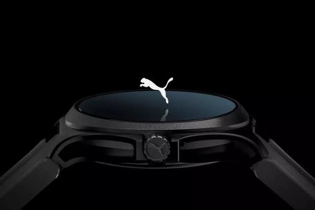 Chytré hodinky připravuje i Puma. Díky NFC umožní bezkontaktní placení