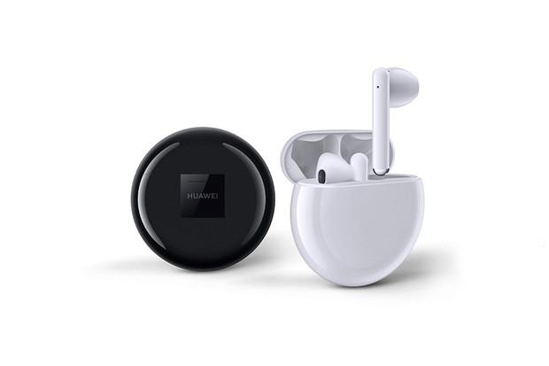 Bezdrátová sluchátka Huawei FreeBuds 3 míří na český trh, známe cenu