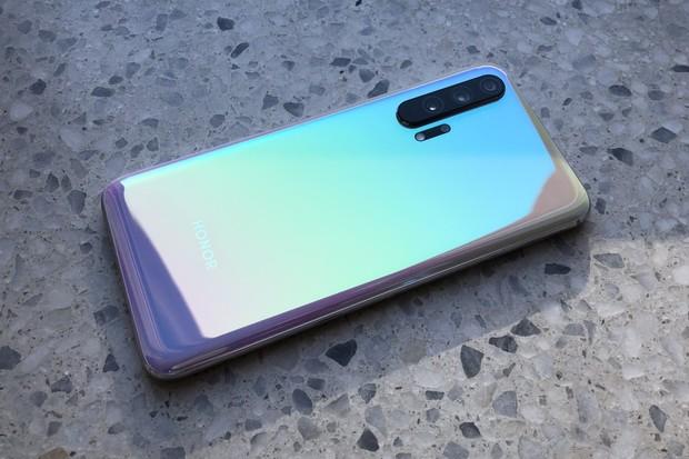 Nový barevný odstín pro Honor 20 Pro je mrazivě elegantní