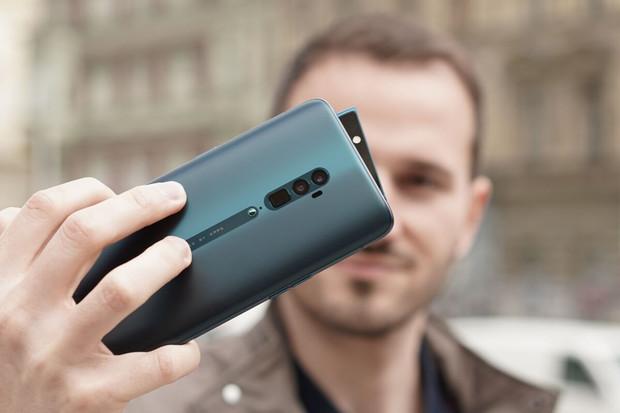 Nejlepší pětinásobný teleobjektiv na trhu? Oppo Reno 10× Zoom vs. Huawei P30 Pro