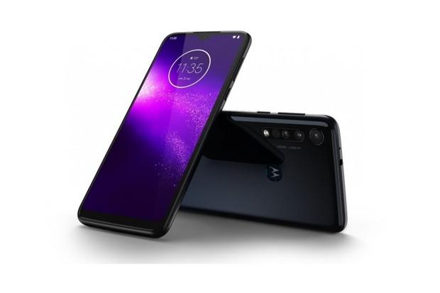 Soutěžte o skvělý smartphone Motorola One Macro v naší soutěži