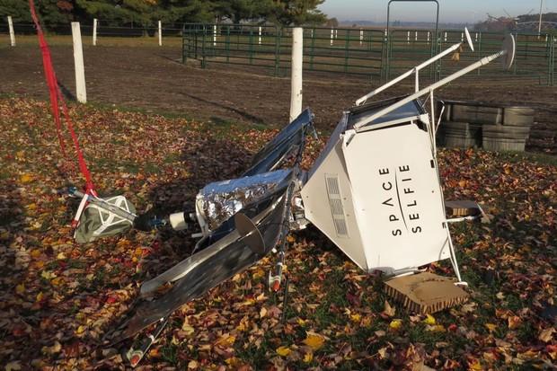 Reklamní družice Samsungu havarovala v Michiganu