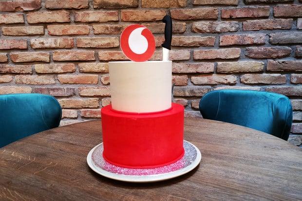 I Vodafone pomáhá: rychlejší internet, volné minuty pro seniory i více kreditu