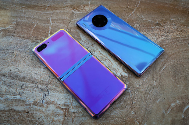 Kupujeme nový telefon: jak vybrat správně a na co si dát pozor