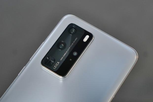 Dlouholetý partner Huawei v oblasti fotoaparátů končí. Přetáhne jej konkurence?