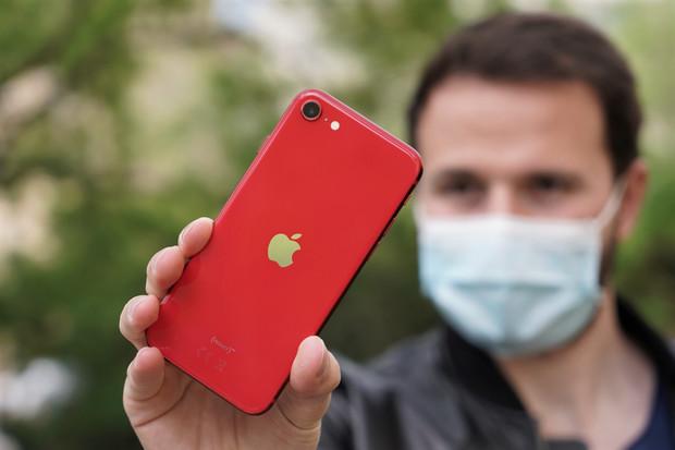iPhony na čínském trhu táhnou. V druhém čtvrtletí vzrostly prodeje o 225 %
