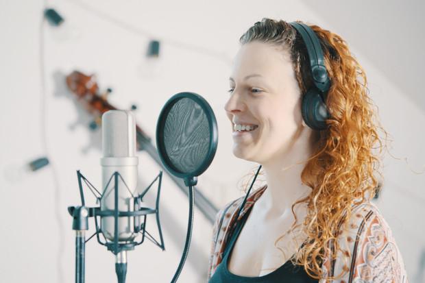 Samsung představuje projekt Song pro tebe. Kprvním 30 objednávkám dodá Galaxy Buds+