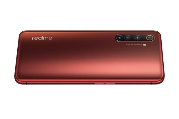 Na český trh míří Realme X50 Pro 5G. Bude stát přes 20 tisíc korun