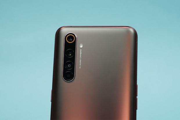 Jak fotí 64Mpx fotoaparát supervýkonného Realme X50 Pro 5G?