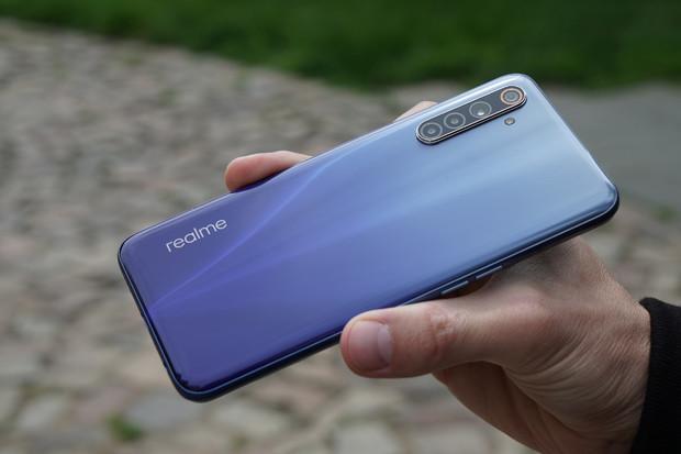 O2 do nabídky zařazuje telefony Realme