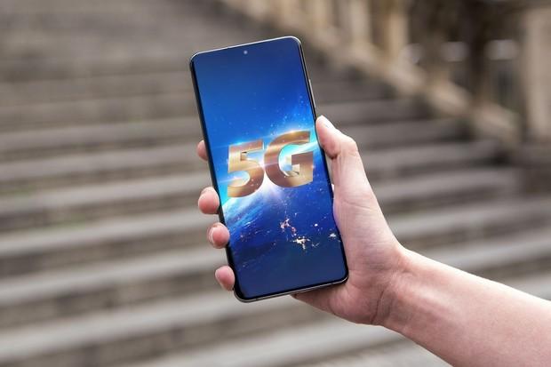 5G startuje v Česku. O2 ho dnes komerčně spustilo v Praze a Kolíně