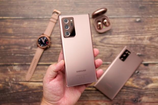 Samsung Galaxy Note20 je v prodeji. Hned první den můžete ušetřit 3500 Kč