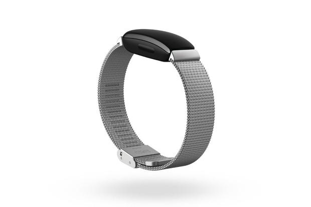 Chytré wearables Fitbit Inspire 2 a Versa 3 představeny. Zaujmou funkcemi i cenou