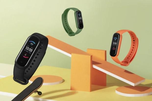 Amazfit Band 5 nabídne za tisícovku stejnou funkci jako nové Apple Watch 6