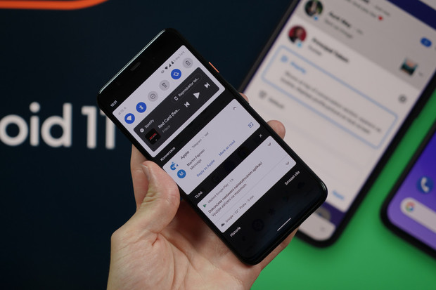 Dojmy z používání Androidu 11 na Pixelu 4 (video)