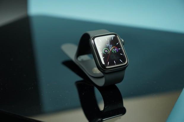 Začínáme testovat nové Apple Watch 6, jaké jsou naše první dojmy?