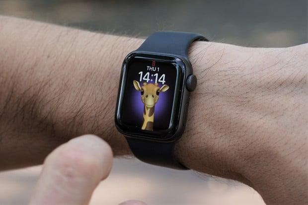 Budou nové Apple Watch designově podobné iPhonům 12?