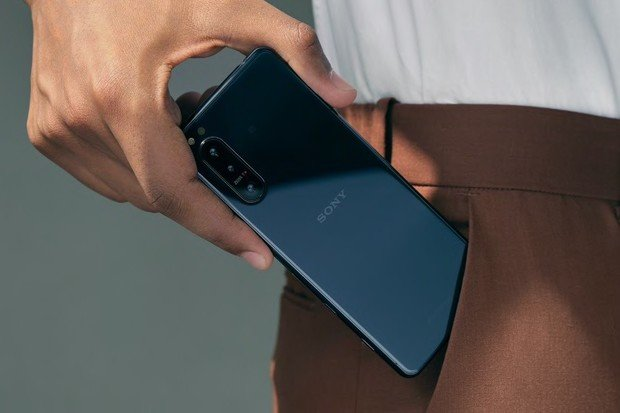 Sony Xperia 5 II vprodeji. Získejte kní zdarma sluchátka vhodnotě 6490 Kč