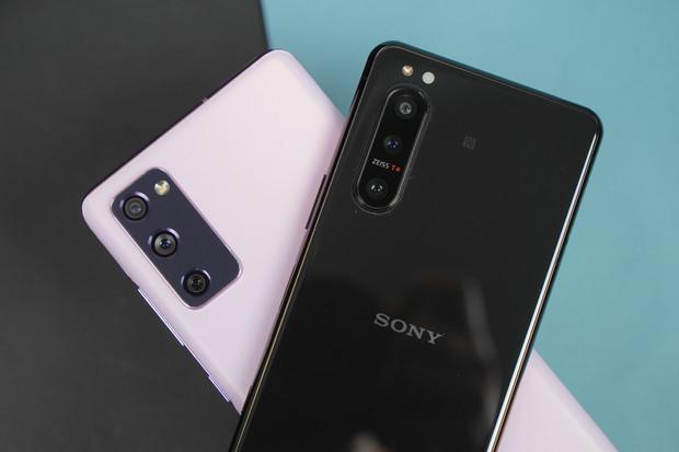 Fotoduel: fotí lépe Sony Xperia 5 II, nebo Samsung Galaxy S20 FE?