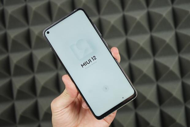 Zástupce Xiaomi vysvětlil, proč má řada Mi 10T pouze LCD displej a ne OLED