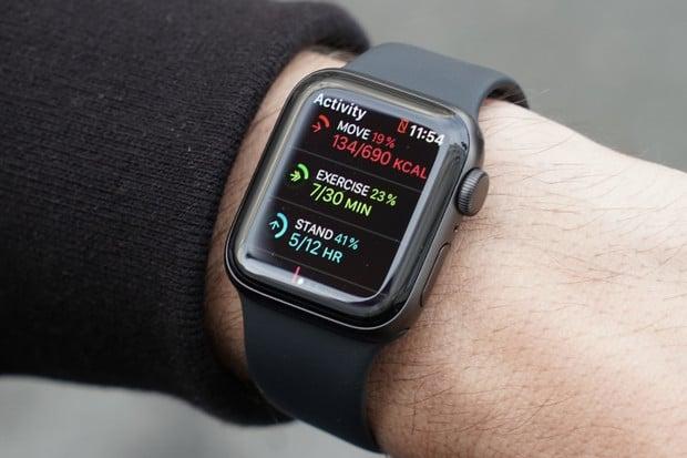 Apple Watch mohou nově monitorovat nejen spánek, ale i vaše noční můry
