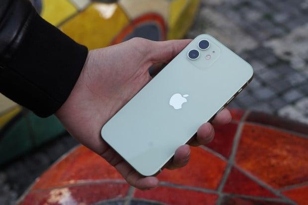 Dorazí nejlépe vybavený iPhone příští generace s 1TB úložištěm?