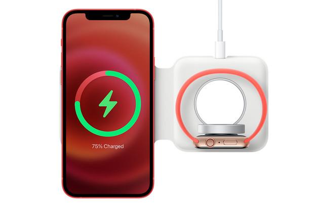 MagSafe Duo od Applu nabíjí pomaleji než klasický MagSafe a má nepříjemné omezení