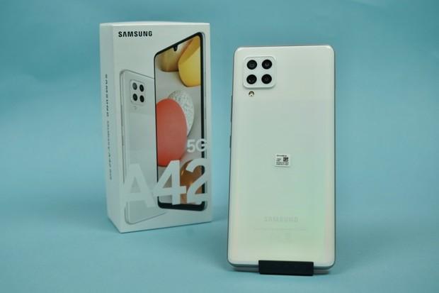 Nejlevnější rychlý Samsung v redakci. Testujeme Galaxy A42 5G